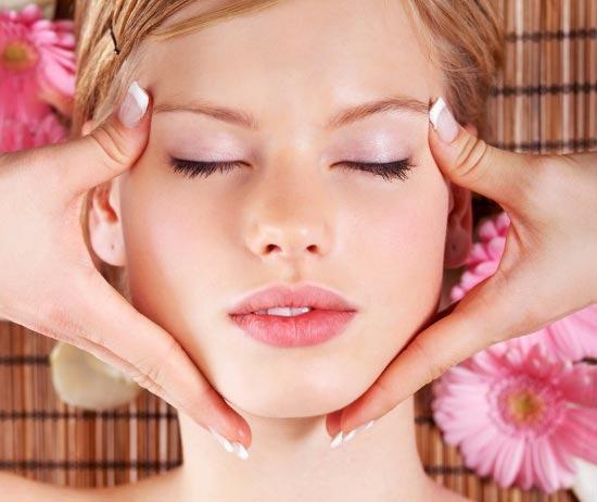 Большинство женщин не посещают салоны красоты из-за дороговизны процедур